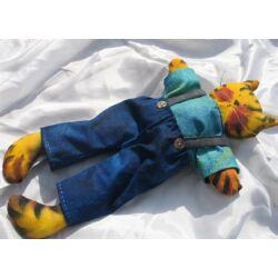 Cica fiú textilből