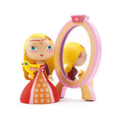 Nina hercegnő_Arty toys